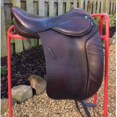"Mondial Industries Holistic Supreme Flexion 17.5"" Treeless Dressage Saddle, Brown"
