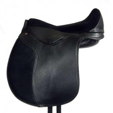 Heather Moffett Vogue Treeless Saddle