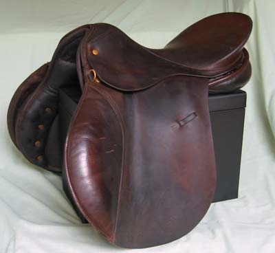 Leather GP saddle